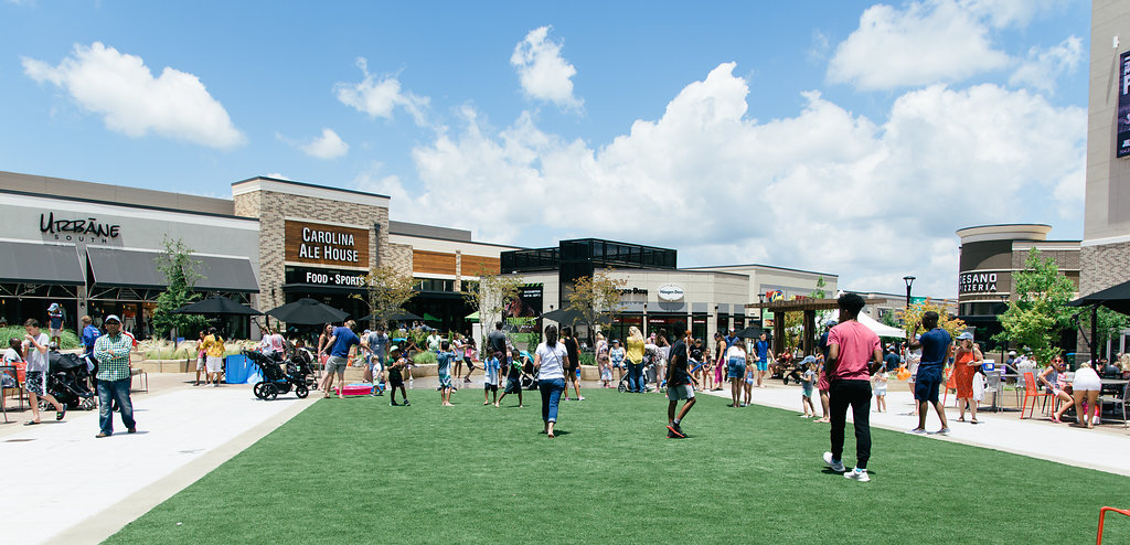 two new retailers open soon in waverly waverly